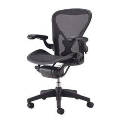 HermanMiller(ハーマンミラー)「Aeron Chair(アーロンチェア)」グラファイトカラーベース/フル装備/Bサイズ/クラシック