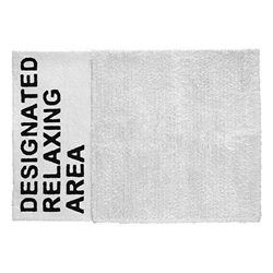 AIRCONDITIONED(エアコンディションド)「DESIGNATED RELAXING AREA RUG(デジグネイテッドリラクシング エリア・ラグ)」ホワイト[996BY20A]